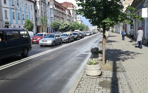 Numărul mașinilor înregistrate în Cluj s-a majorat cu 15% în doi ani, în timp ce populația a crescut cu doar 0,5%