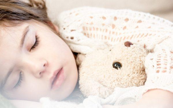 Top 5 piese de adormit copilul. Pentru un tătic rocker