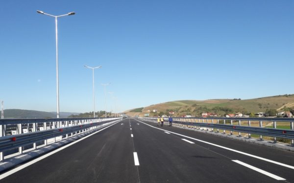 Loturile 1 și 2 ale Autostrăzii Sebeș-Turda vor fi terminate în acest an