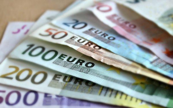 Șase miliarde de euro pierde anual România din TVA necolectată