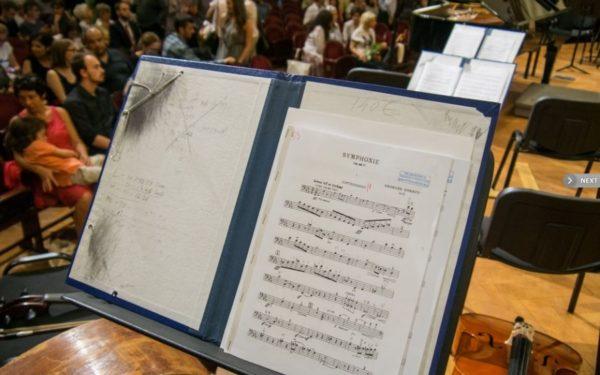 """Discuții cu publicul și concerte în locuri neconvenționale în noua stagiune a Filarmonicii """"Transilvania"""""""