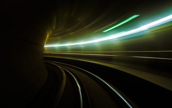 Metrou la Cluj-Napoca. Exemplul altor orașe europene: trafic rutier redus și înjumătățirea timpilor de călătorie