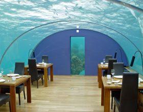 Primul hotel subacvatic din lume se deschide în Maldive. Prețul pentru o noapte este de 50.000 de dolari