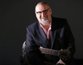 AUDIO | Ce ar lua cu el pe o insulă pustie muzicianul AG Weinberger