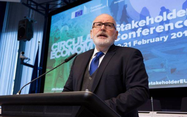 Prim-vicepreședintele CE, Frans Timmermans: Nu vom ezita să aducem în fața instanței Guvernul român