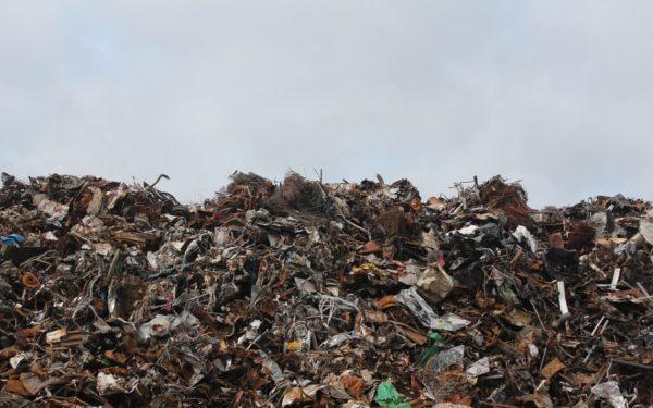 România, condamnată pentru neînchiderea depozitelor de deșeuri. Ministerul Mediului: Am închis 41 de depozite neconforme