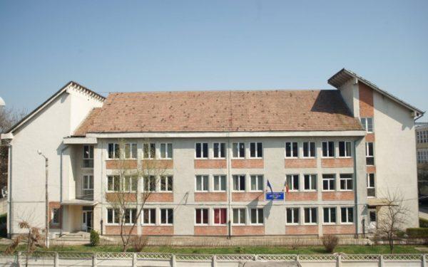 Peste 3,2 milioane de euro, investiți în reabilitarea termică a Școlii Speciale Samus