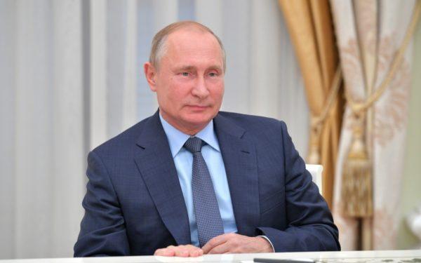 Vladimir Putin suspendă participarea Rusiei la Tratatul Forţelor Nucleare Intermediare