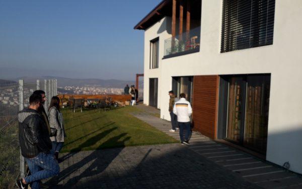 FOTO | Casele pasive construite de la zero, mai ieftine decât apartamentele cumpărate de pe piața Clujului