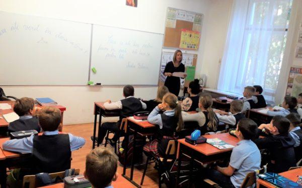 O treime dintre elevii clujeni învață în școlile din centru