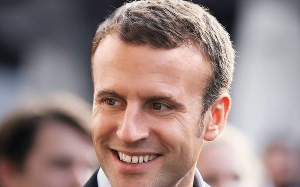 VIDEO | Emmanuel Macron propune o reuniune cu liderii partidelor şi reprezentanţii protestatarilor, după violențele de la Paris