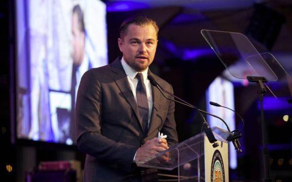 Leonardo DiCaprio, obligat să returneze un trofeu Oscar, primit cadou, într-un caz de posibilă fraudă
