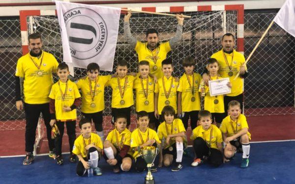 """Copiii de la Luceafărul """"U"""" Cluj au câștigat trofeul """"Gheorghe Ene"""""""