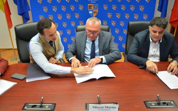 Consiliul Județean Cluj a cumpărat nouă imobile de la Clujana, cu 22 de milioane de lei. Fabrica se va muta în parcul Tetarom I