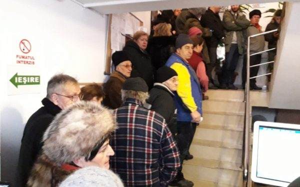 Cozi la Primăria Cluj-Napoca pentru plata parcărilor, a taxelor și impozitelor
