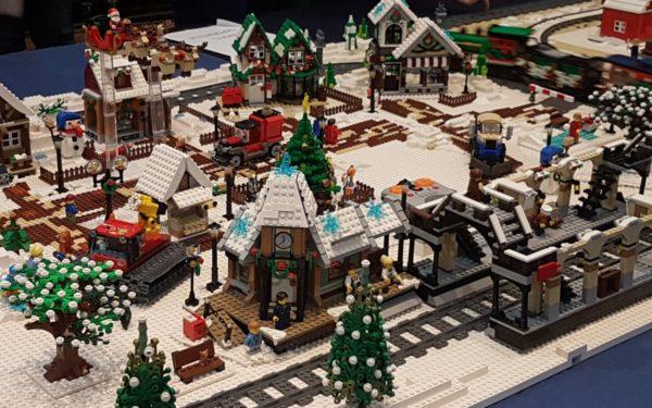 FOTO & VIDEO | Colecții de Lego de aproape 3 milioane de dolari au fost expuse la Muzeul Etnografic din Cluj-Napoca