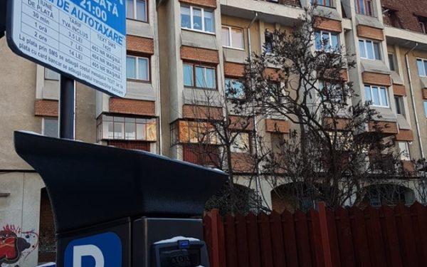FOTO | Parcometre moderne și tarife mai mari în centrul Clujului