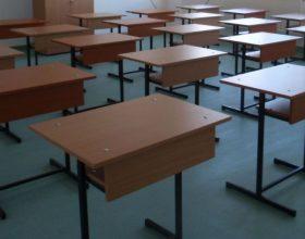 """Colegiul """"Edmond Nicolau"""" din Mănăștur va fi desființat. În clădire vor învăța elevi de la o altă școală din oraș"""