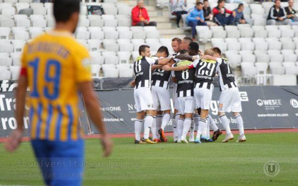 Fotbaliștii de la Universitatea Cluj își reiau antrenamentele sub comanda lui Bogdan Lobonț