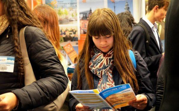 Elevii pot participa la concursuri care înlocuiesc admiterea la UBB. Ce facultăți folosesc această metodă în acest an universitar
