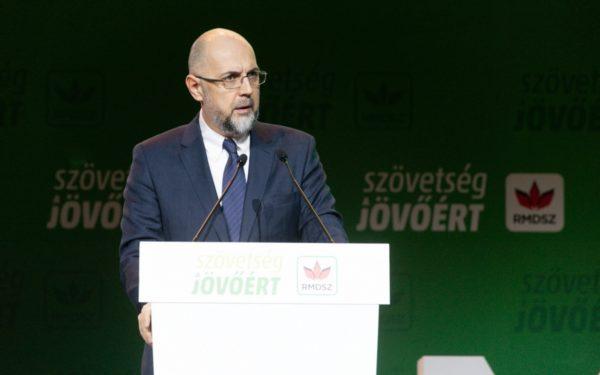 FOTO | Kelemen Hunor a fost reales în funcția de președinte al UDMR, la congresul formațiunii, desfășurat la Cluj-Napoca