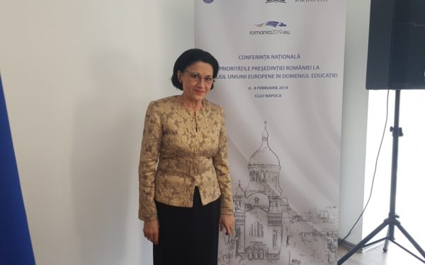 Ecaterina Andronescu, la Cluj: Orele de Religie din școli vor fi regândite