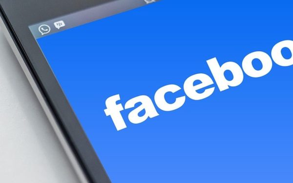 Germania limitează practicile de colectare a datelor Facebook
