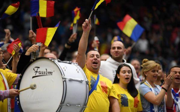 VIDEO | O sută de clujeni fac galerie la meciurile echipei de Fed Cup a României. Emil Boc: Suntem 60 de angajați ai Primăriei