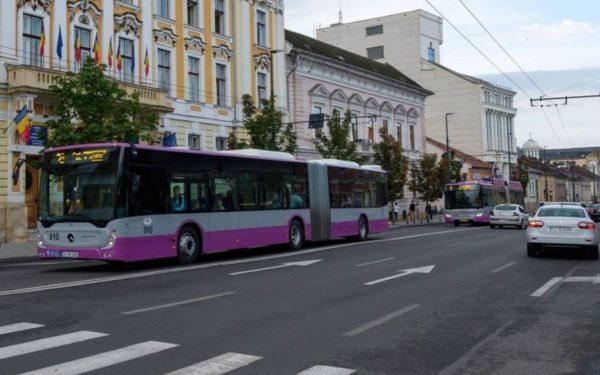 La Cluj-Napoca a început Săptămâna de teatru în mijloacele de transport în comun