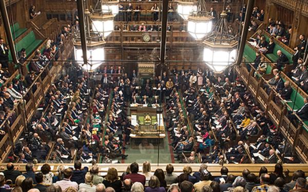 Parlamentarii britanici au preluat de la Guvern controlul Brexit