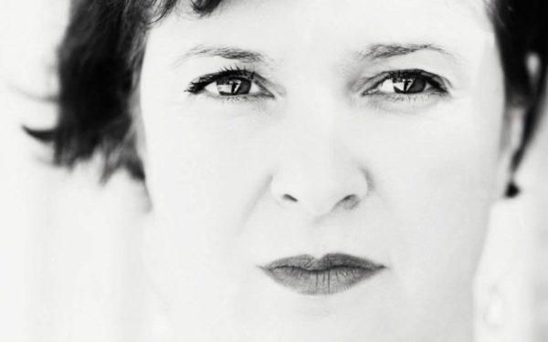 AUDIO | Ce ar lua cu ea pe o insulă pustie scriitoarea Ruxandra Cesereanu