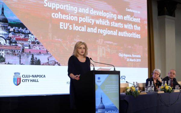 Comisarul european Corina Crețu, la Cluj: Guvernele nu pot decide din capitale unde pot investi la nivel local