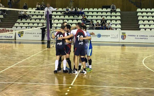 Voleibaliștii de la Universitatea Cluj au câștigat meciul cu CSM Câmpia Turzii, scor 3-1