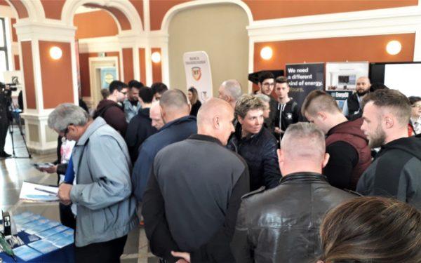 Muncitorii calificați, greu de găsit la Cluj. Angajator: Un sudor câștigă între 1.000 – 1.500 de euro, dar nu găsim oameni