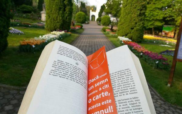 Cu o carte, intri în Grădina Botanică din Cluj-Napoca