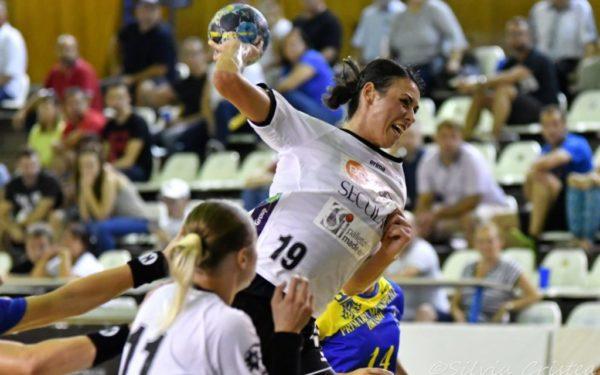 Meci important pentru menținerea pe prima scenă a handbalului feminin pentru Universitatea Cluj