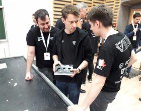 Az informatikai cégek közvetlenül a BattleLab Robotica verseny keretén belül vettek fel diákokat