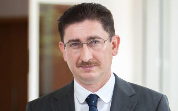 """Chirițoiu, președintele Consiliului Concurenței, despre ridesharing: """"Noile companii trebuie să respecte aceleași reguli. Aproape aceleași reguli"""""""