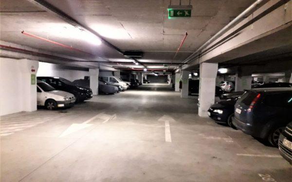 Noi parkinguri vor fi amenajate în cartierele Clujului.  Licitația pentru două parcări publice va demara în acest an