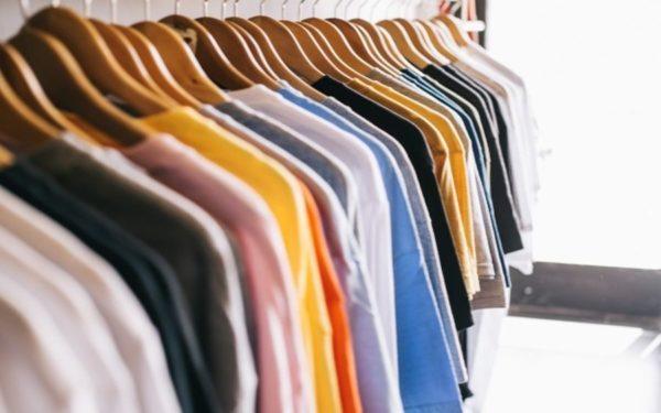 Clujenii pot să scape de hainele pe care nu le mai poartă și să facă, în același timp, o faptă bună