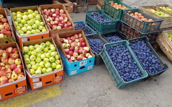 În plin sezon al fructelor și legumelor, programul pieței agroalimentare din Dezmir a fost prelungit