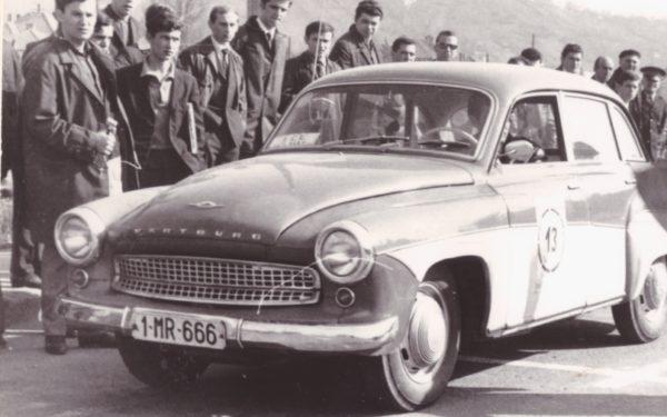 Mașinile vechi ale Clujului la Turnul Croitorilor
