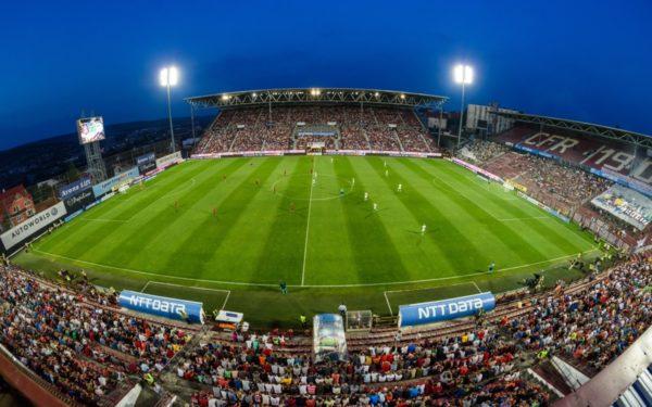 Meciul dintre CFR Cluj și Slavia Praga se dispută cu casa închisă. Partida va fi arbitrată de o brigadă din Turcia