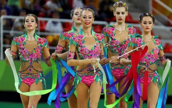 Clujul devine pentru trei zile capitala eleganței. Peste 100 de sportive participă la o competiție internațională de gimnastică ritmică
