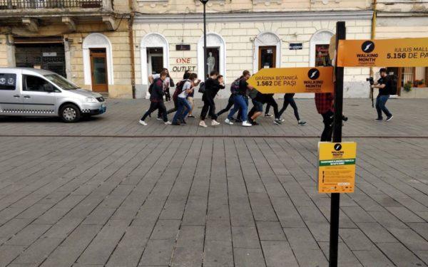 În Cluj-Napoca, pașii se transformă în fapte bune. Cum poți să ajuți la achiziționarea primei ambulanțe sociale