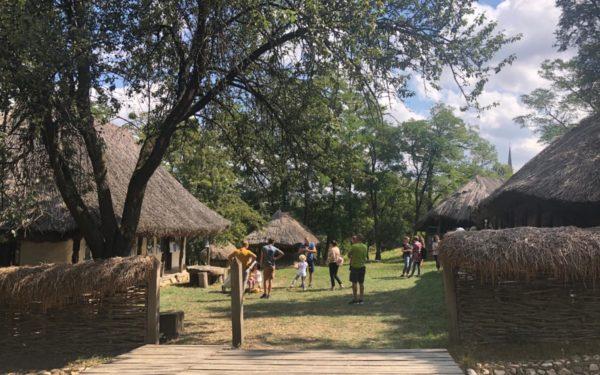 FOTO | Parcul Etnografic și pădurea Hoia se pregătesc să devină noile atracții ale Clujului