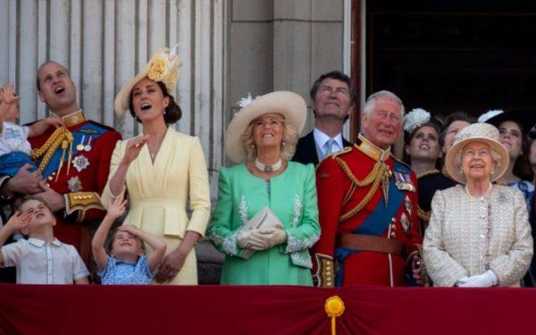 Ducii de Cambridge sunt cei mai populari membri ai familiei regale britanice în mediul online