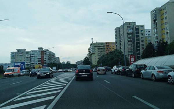 Bandă dedicată pentru autobuze pe Calea Florești