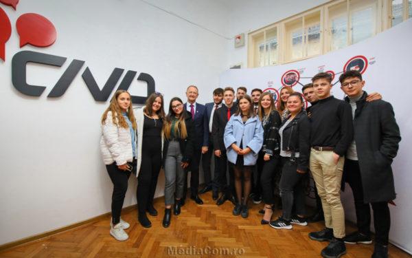 FOTO | Centru pentru tinerii care vor să se implice în comunitate, inaugurat la Turda