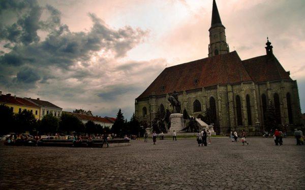 AUDIO   Clujul dezvăluit. Fața mai puțin cunoscută și macabră a Pieței Unirii